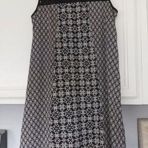 Beautiful dress by Ehilaration